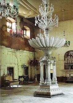 No info  maharaja  dmglazebrook@sbcglobal.net, via Flickr. Yes, this is a lamp.