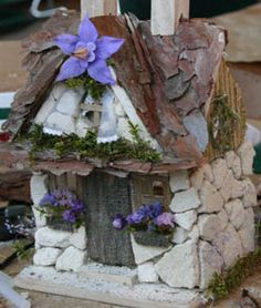Stone fairy house. Great idea. Stone over cardboard or foam... may be...