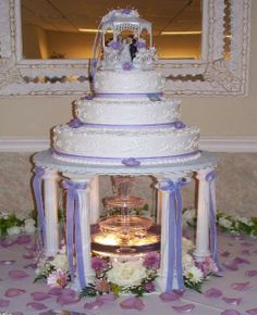 Wedding Cakes with Fountains - Bing images Wedding Cake Photos, Cool Wedding Cakes, Wedding Cake Designs, Wedding Ideas, Diy Wedding, Wedding Decorations, Fountain Cake, Fountain Wedding Cakes, Extravagant Wedding Cakes