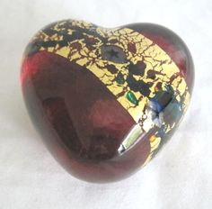 Robert Held blown art glass heart paperweight--beautiful!