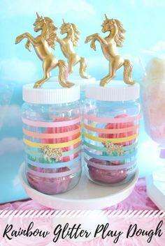 diy-rainbow-unicorn-glitter-play-dough-favor - great for unicorn birthday parties Rainbow Unicorn Party, Unicorn Themed Birthday Party, 5th Birthday Party Ideas, 7th Birthday, Glitter Playdough, Lila Party, Diy Party Banner, Kid Party Favors, Rainbow Party Favors