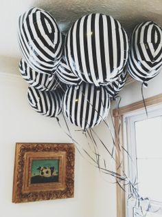 black & white balloons- do this with zebra print from Aunt Di for1/2 anniversary