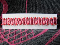 pulsera de telar tejida con mostacilla