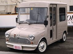 Daihatsu Mira Walkthrough with mini front. Mini Cooper Classic, Classic Mini, Classic Cars, Motorcycle Camping, Camping Gear, Camper Caravan, Campers, Automobile, Cool Vans