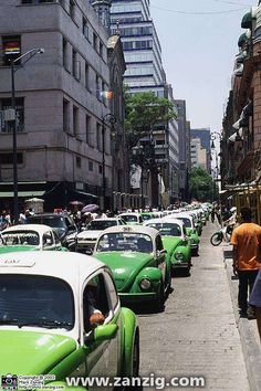 Avenida Maderos, Mexico City, DF - miss the VW taxis, just not the same without them!