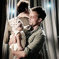 Hart of Dixie - Cowboy {Wade Kinsella|Wilson Bethel} #23: Because we love Wade when he is in love with Zoe. - Page 7 - Fan Forum
