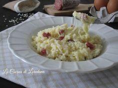 Un insolito e veloce risotto, il Riso al telefono, che prende il nome dai fili che la mozzarella filante crea nel piatto, una ricetta gustosa e semplice