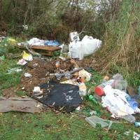 Illegal dumping of rubbish near the Clutha River on the outskirts of Balclutha is growing. Photo by Helena de Reus.