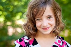 Speckled Light and Blurry Backgrounds by @gayle vehar via lilblueboo.com #photography