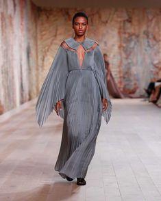 Dior Haute Couture, Christian Dior Couture, Couture Week, Vogue Paris, Tweed, La Fashion Week, Collection Couture, Maria Grazia, Boutique