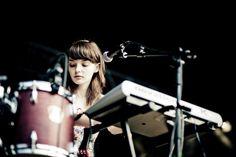 Lauren Mayberry, Blue Sky Archives Live Concert @ UniFestival Liege-4181