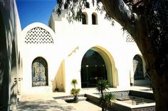 Courtyard Fountain of Al-Fustat Ceramics Center by Gamal Amer, who worked closely with the late Hassan Fathy, famed Egyptian architect and author of Architecture for the Poor