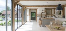 Border Oak – Award Winning Bespoke Oak Framed Buildings