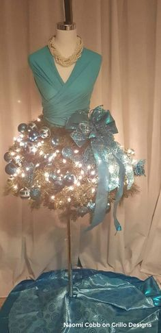 mannequin tree dress form fit for a girly teenager by Naomi Cobb / www.grillo-designs.com