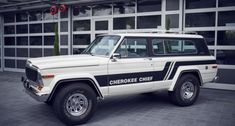 Looking for the Jeep Cherokee of your dreams? There are currently 3 Jeep Cherokee cars as well as thousands of other iconic classic and collectors cars for sale on Classic Driver. Jeep Wagoneer, Jeep Xj, Jeep Pickup, Jeep Truck, Jeep Cherokee For Sale, Cherokee Car, Cherokee Chief, Martini, Garage Prices