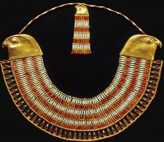 How did statement jewelry evolve? What defines your style? Statement jewelry sets a unique, bold statement for the wearer that makes them. Ancient Egyptian Tombs, Ancient Egyptian Jewelry, Egyptian Kings, Ancient Aliens, Ancient History, Egypt Jewelry, Jewelry Art, Antique Jewelry, High Jewelry