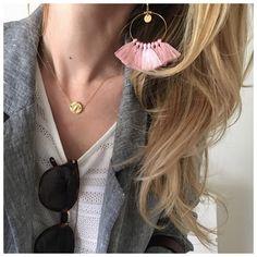 "788 mentions J'aime, 35 commentaires - AURELIE (@blackwhite_loving) sur Instagram: ""Pink 💕 •Bo Pauly et collier Axel @blackwhite_loving #laboutiquedelili •lunettes @jimmyfairly…"""