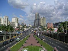 Avenida Bolívar. Caracas, Venezuela