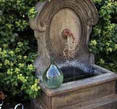 *THE GREEN GARDEN GATE*: Inspiration_Fountains