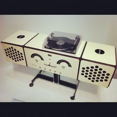 Record player   https://www.pinterest.com/0bvuc9ca1gm03at/