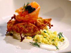 potato-waffle-w-smoked-salmon-lemon-cregraveme-fraiche-amp-caviar