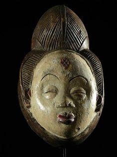 Masque Mukuyi - Punu / Pounou - Gabon - Masques Africains - Objet n°1030 - Galerie Bruno Mignot Moustache, Theatre No, Art Premier, Bruno, African Art, Sculpture Art, Skull, Scene, Barber's Pole