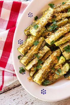 A quick and easy zucchini side dish to prepare when zucchini are flourishing. Zucchini Vegetable, Zucchini Side Dishes, Veggie Dishes, Vegetable Recipes, Vegan Zucchini Recipes, Vegan Recipes Videos, Vegan Recipes Easy, Grilled Zucchini, Best Italian Recipes
