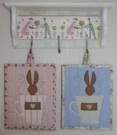 Anne-Grethes quiltblog: mars 2010 - I know these are potholders, but I think they would make cute mug rugs!