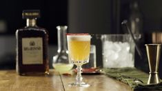 Disaronno Cocktails, Fun Cocktails, Cocktail Drinks, Cocktail Recipes, Shaken Not Stirred, How To Squeeze Lemons, Refreshing Drinks, Mixed Drinks, Tequila