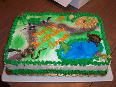 Lizards And Snakes My 6 year old neighbor wanted reptiles for a birthday cake (much to her mothers dismay)!