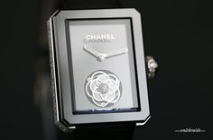 Chanel Première Flying Tourbillon Only Watch 2013: http://www.watchonista.com/2914/watchonista-blog/news/chanel-and-only-watch-premiere