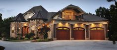 This homes mix of Natural Fieldstone and brick bring out a classic warmth in this beautiful home.