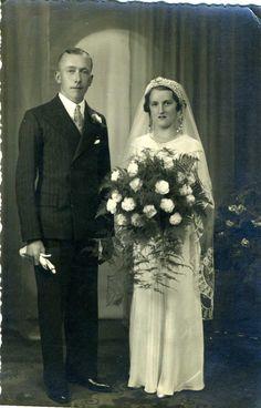 1930's newlyweds
