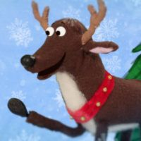 Decorate The Christmas Tree Super Simple Songs Childrens Christmas Songs Christmas Songs For Kids Hello Reindeer