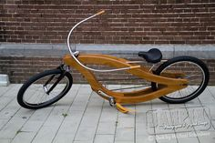 Custom Wooden Frame Chopper Wooden Bicycle, Wood Bike, Chopper Frames, Bike Food, Mtb, Power Bike, Push Bikes, Lowrider Bike, Cool Bicycles