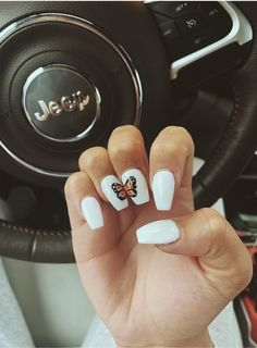 On average, the finger nails grow from 3 to millimeters per month. If it is difficult to change their growth rate, however, it is possible to cheat on their appearance and length through false nails. Simple Acrylic Nails, Summer Acrylic Nails, Best Acrylic Nails, Acrylic Nail Designs, Summer Nails, Teen Nail Designs, Butterfly Nail Designs, Star Nail Designs, Butterfly Nail Art
