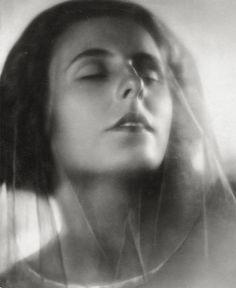 Helmar Lerski~Leni Riefenstahl, 1926