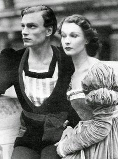 Vivien Leigh and Laurence Olivier in Elsinore, Denmark, 1937.