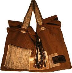 COMO QUIERAS! - Bolso base de tweed de lana y tejido de algodón puro, detalles de sedas y cheniles.  100% géneros de tapicería - Tendencia Invierno 2012 en Vidrierahype!