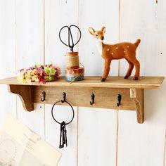 $18 Awkward small Carpenter zakka groceries old home decoration retro wooden hooks -ZZKKO Shabby Chic Decor, Old Houses, Retro, Sweet Home, Key Rack, Shelves, Apartment Ideas, Corner, Interiors