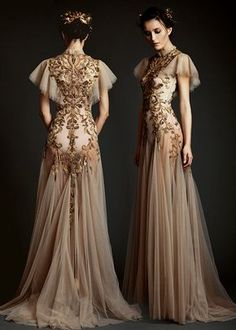 Image about fashion in Vestidos👗💙 by Phoenix on We Heart It Evening Dresses, Prom Dresses, Wedding Dresses, Fantasy Gowns, Mode Inspiration, Dream Dress, Pretty Dresses, Beautiful Outfits, Designer Dresses