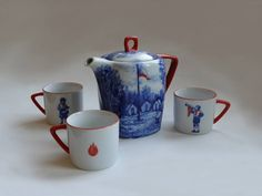 Artistka Porcelain Pioneer kettle and cups - available at ARTĚL's Concept store