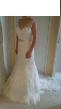 Nouvelle robe publiée!  les mariées de Nant mod. Divina sposa modéle Daphnée. Pour seulement 800€! Economisez 26%! http://www.weddalia.com/fr/boutique-vendre-robe-de-mariee/les-mariees-de-nant-mod-divina-sposa-modele-daphnee/ #RobesDeMariée www.weddalia.com/fr