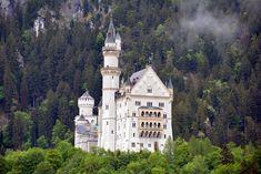 8 tipp, amiért érdemes ellátogatni Füssenbe és környékére – Világutazó Versailles, Notre Dame, Building, Travel, Viajes, Buildings, Destinations, Traveling, Trips