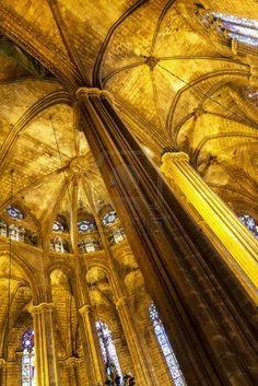 Bella chiesa interna Barcellona Santa Maria del Mar  Catalonia