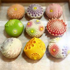 Japanese Treats, Japanese Cake, Japanese Food, Wagashi Recipe, Japanese Wagashi, Kawaii Dessert, Cute Desserts, Confectionery, Cute Food