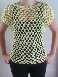 Blusa em crochê tamanho M <br>Material: Linha 100% prolipropileno
