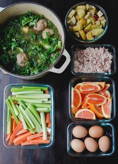 If you're doing some kind of healthy food challenge this January, planning your meals ahead of time will make things easier.