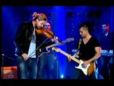 David Garrett plays Beethoven's 5th. A little ROCK N' ROLL  thrown in never hurt anyone.... WOW.