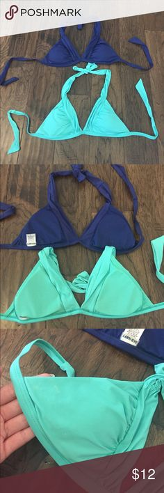 Old Navy Bikini Tops Size small. Two Bikini top bundle. The dark blue is new without tags. The turquoise has been worn a few times, it also has some tiny bleach spots. Old Navy brand. Old Navy Swim Bikinis